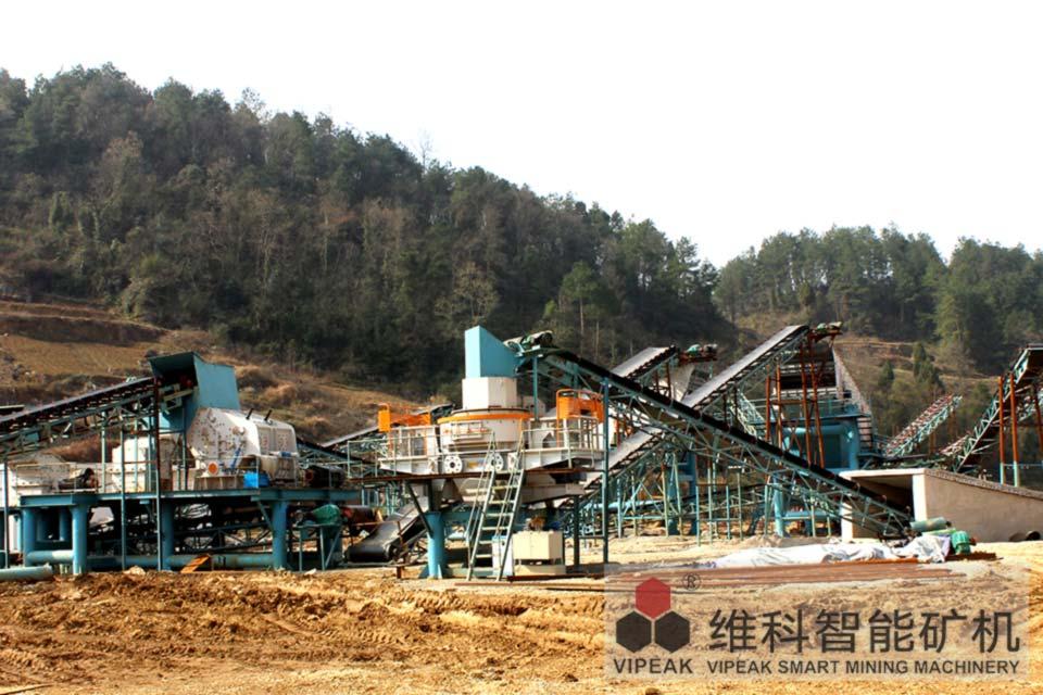 贵州遵义县龙坪5X制砂机生产线客户现场